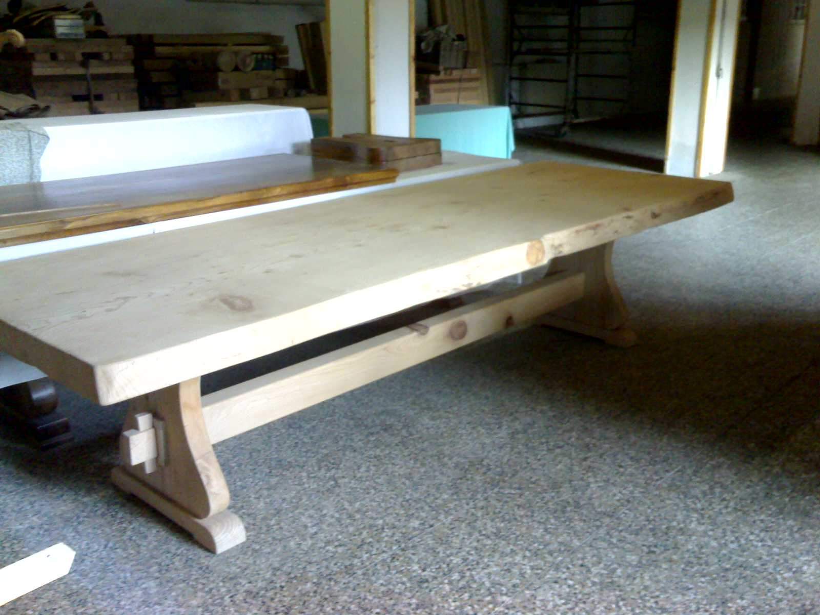 Tavoli tavolini d 39 arredo confronta prezzi e offerte for Offerte tavoli legno massello