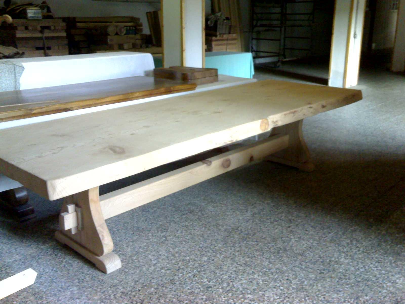 Tavoli - Tavolini d\'Arredo : TAVOLO CEDRO NATURALE MASSELLO