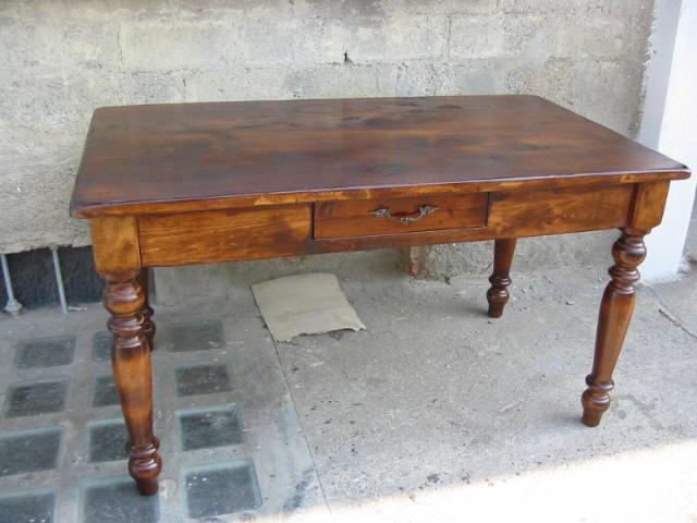 Tavoli tavolini d 39 arredo tavolo stile 800 legno - Tavolo in noce massello ...